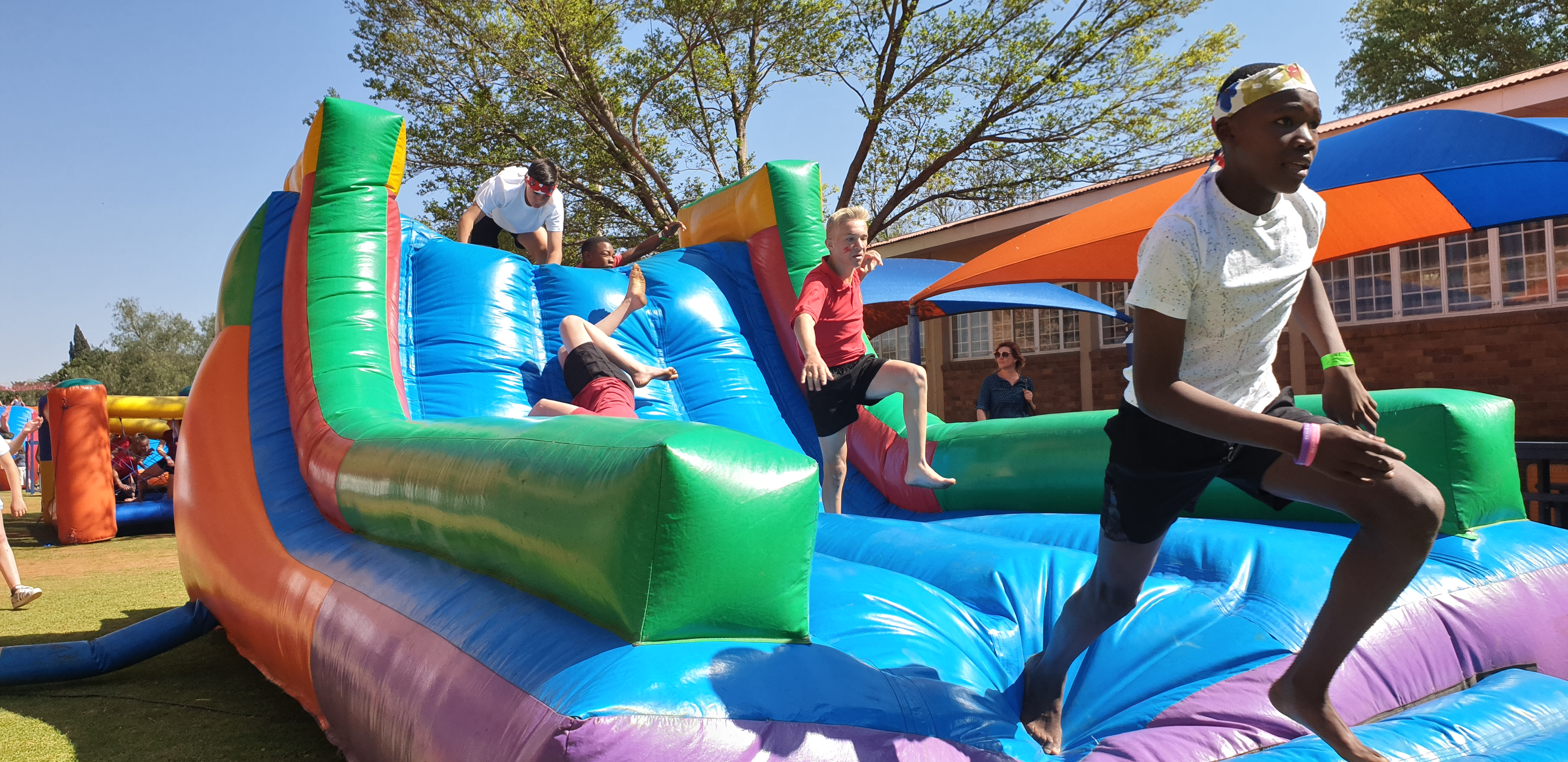 Inflatable obstacle course warrior race